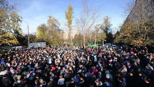 Политика, НС, Бирюлёво