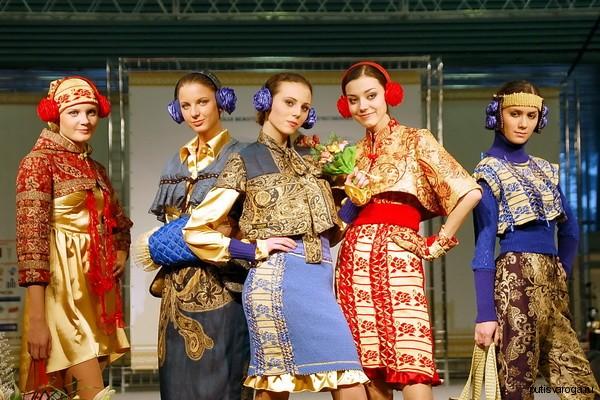 Аксессуары в славянском стиле: между нормой и излишеством